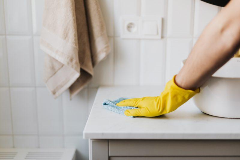Firma sprzątająca – kiedy jest nam potrzebna?